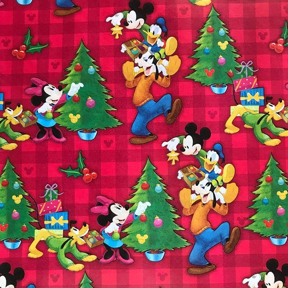DISNEY MICKEY MOUSE & FRIENDS 60 SF GIFT WRAP NEW